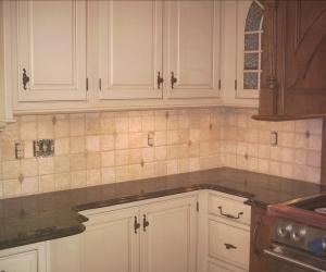 Backsplash natural stone tile