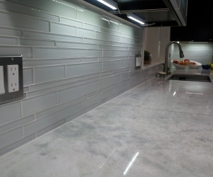 Marble tops and glass tile backsplash (2)
