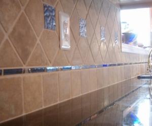 blue glass tumbled marble backsplash